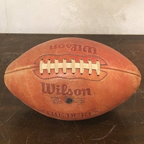 WILSON RUGBY BALL