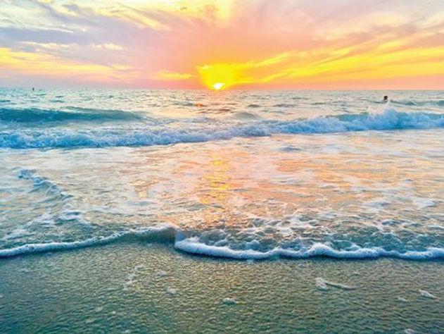 classes pic of ocean.jpg