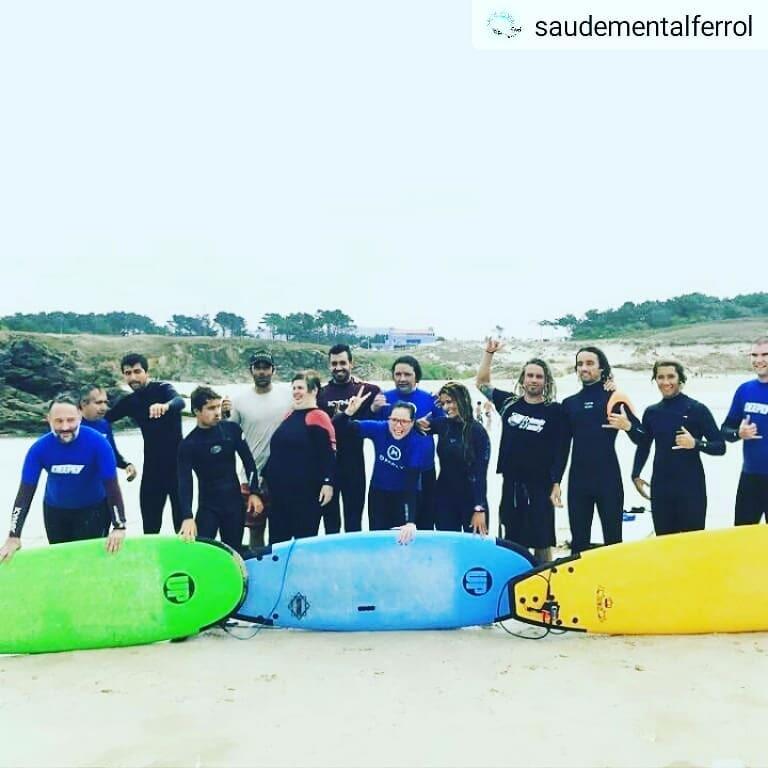 Un placer realizar un bautismo de surf para @saudementalferrol , @aspanaes y @ascmferrol.