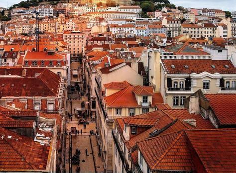 """""""De """"lanterninha"""" em educação a índices que superam os da Finlândia: qual o segredo de Portugal"""
