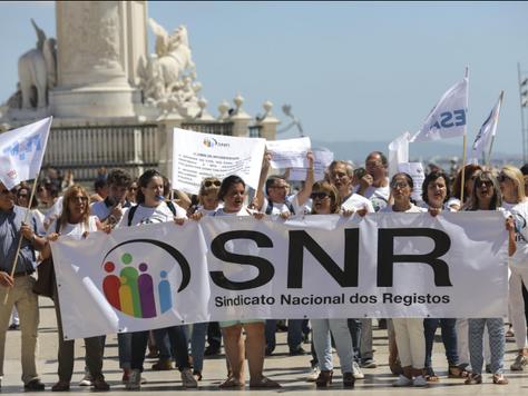 Várias conservatórias encerradas devido a greve dos trabalhadores