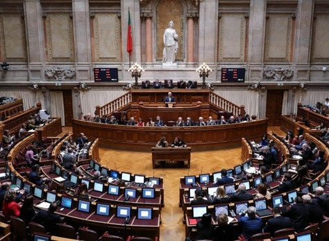 Parlamento aprova diploma que encaminha para arbitragem litígios de consumo de baixo valor