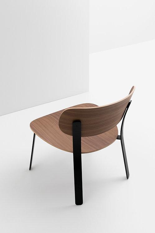 CRUSO Springback Lounge Chair Walnut