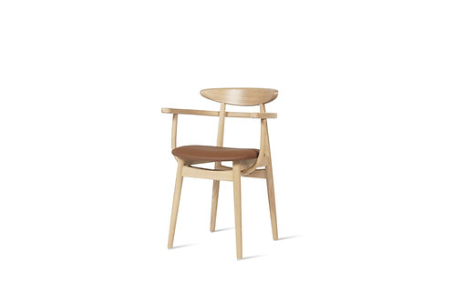 VINCENT SHEPPARD Teo dining armchair upholstered
