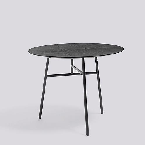 HAY TILT TOP Table diamètre 90 H74 acier laqué noir - plateau frêne teinté noir