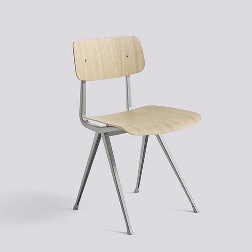 Chaise d'école HAY Result Structure métallique Beige, assise et dossier en chêne laqué mat