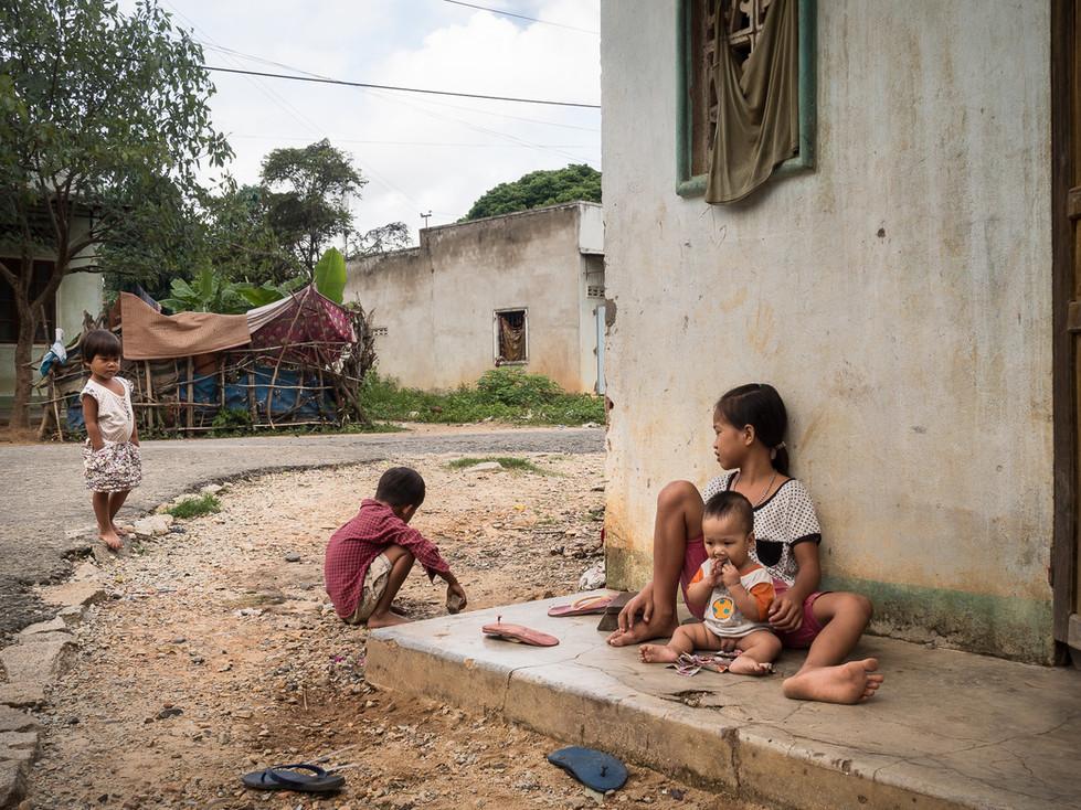 Ba Na ethnic children, Kon Tum