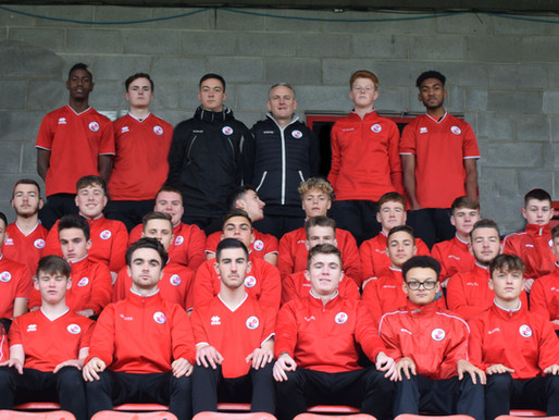 WOULD YOU LIKE TO PLAY FOR CRAWLEY TOWN FC?