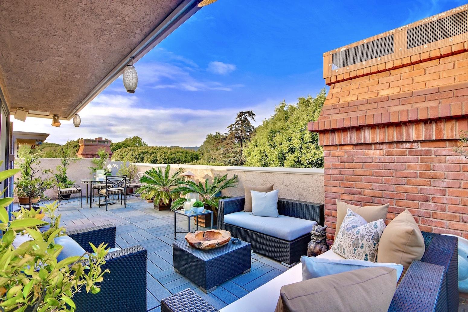 Rooftoop Terrace
