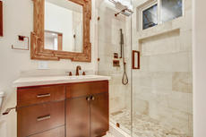 Top Level - Ensuite Bathroom 4.jpg