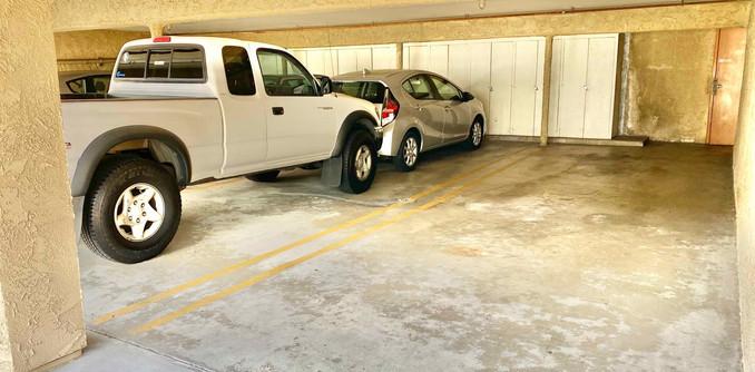 Tandem Parking with Storage
