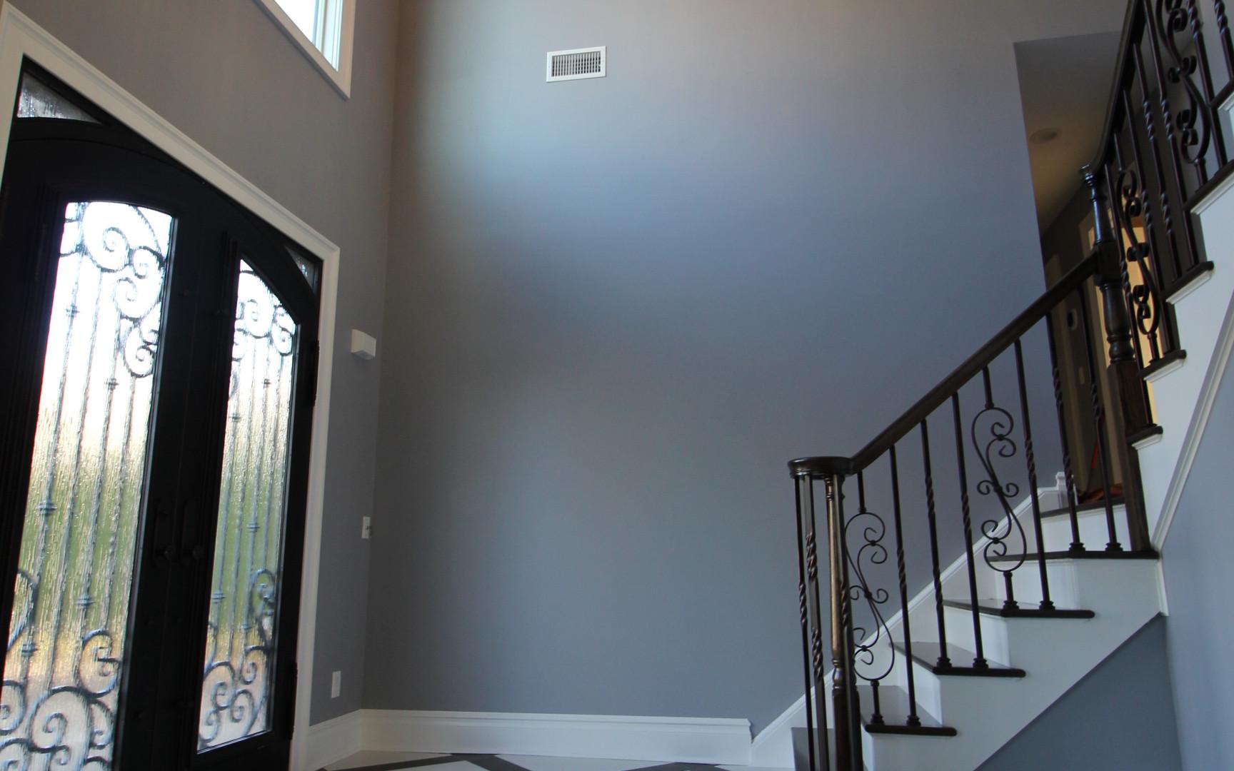 interior foyer pic.JPG