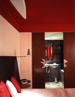 La Villa Red Room.jpg 2013-9-23-12:59:25