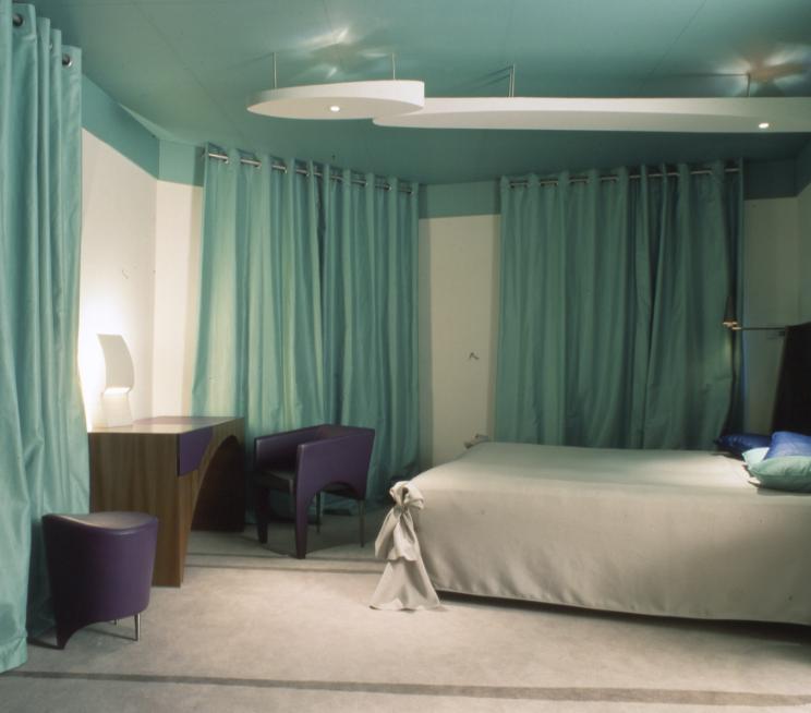 La Villa Green Room.jpg 2013-9-23-13:0:30