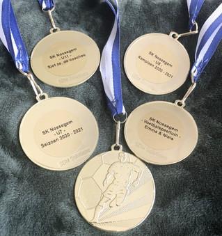 Medailles + diploma's