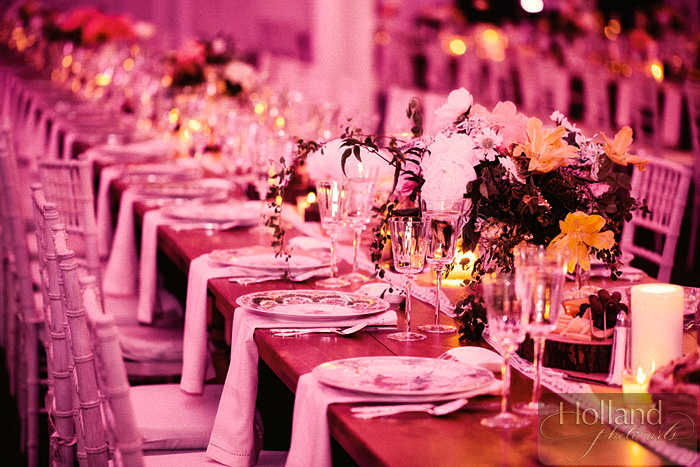 wedding kings table pink uplighting