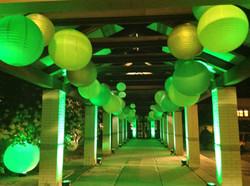 Hanging Paper Lanterns Green Entry