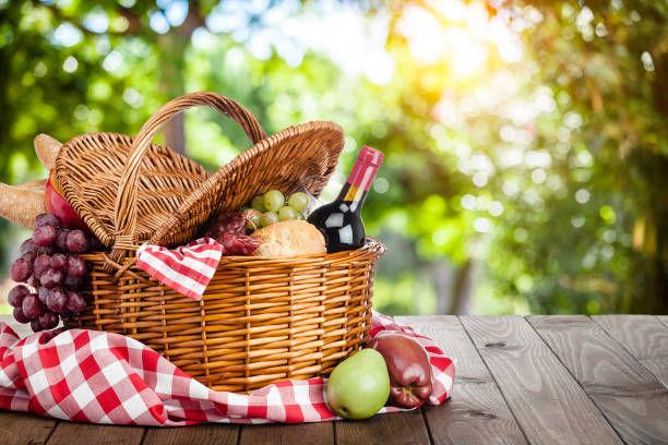 Pick-Nic Basket Lunch