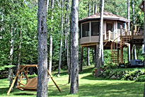 lake treehouse rental, MN_