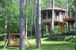 lake treehouse rental, MN_