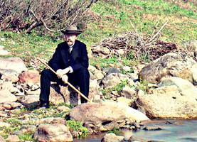 Автопортрет. По реке Каролицхали. Деталь.