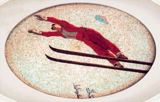 Прыжок лыжника.