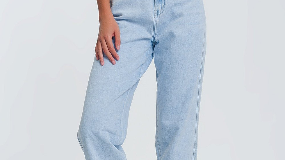 High Waist Mum Jeans in Light Blue Denim