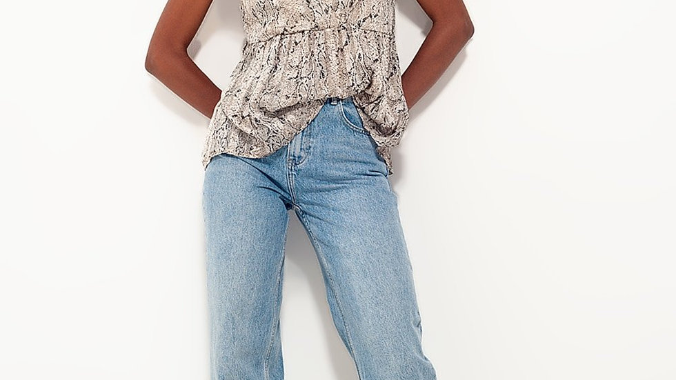 Top with Snake Print and Ruffle Sleeve