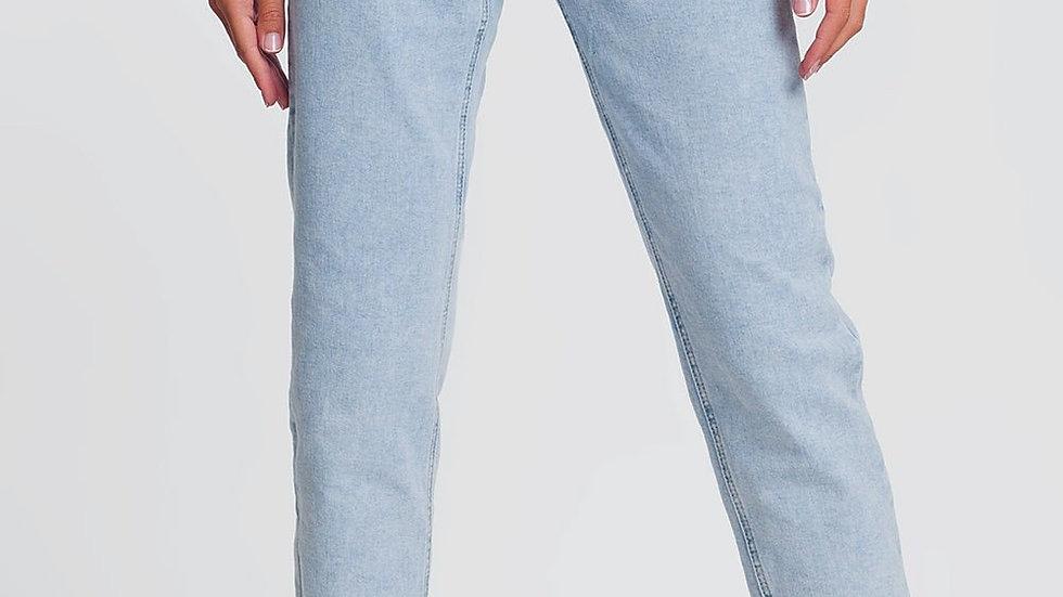 High Waist Mum Jeans in Light Denim