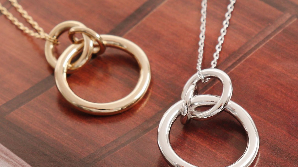 3 Linked Ring Necklace