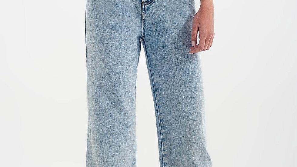 High Rise Wide Leg Jeans in Bleach Wash