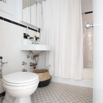Tips to bring the spa to your bathroom