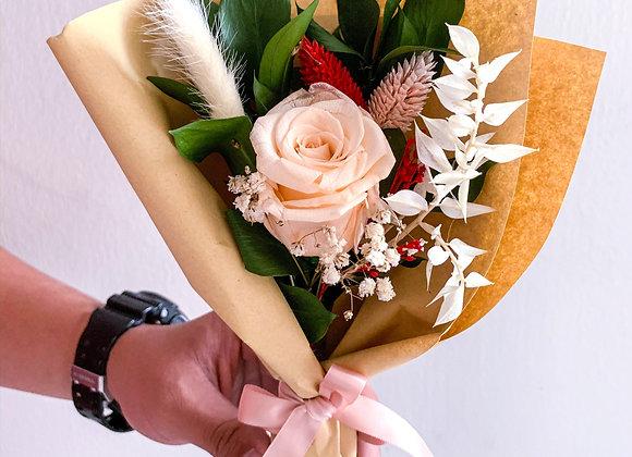 Alethia (Preserved Flowers)