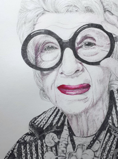 Iris Apfel close up