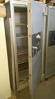 picture of used safe