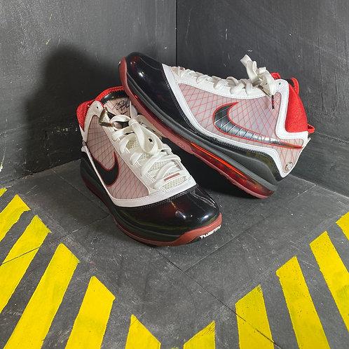 """Nike Lebron 7 - """"Black/Red"""" (Sz. 10.5)"""