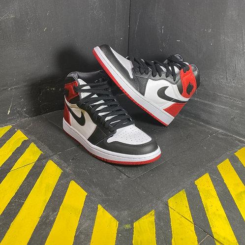 """Air Jordan 1 - """"Satin Black Toe"""" (Sz. W8)"""