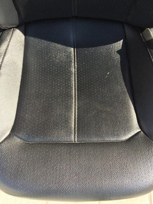 Сидіння (шкіра чорна) Passat B7 Європа