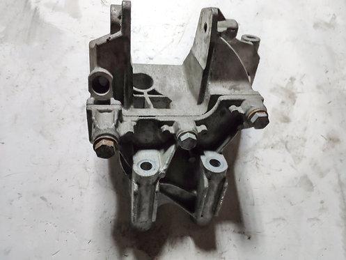 Кріплення двигуна Т5 Т6
