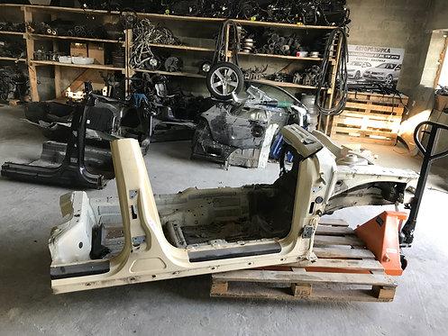Частина кузова Passat B7 Європа