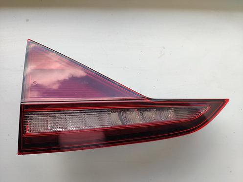 Задній ліхтар Jetta MK7
