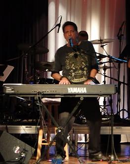Ashton - in Concert.png