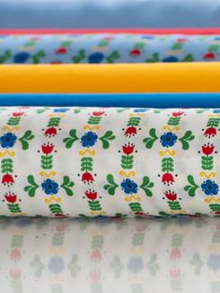 "Tyg/Fabric ""Blomma"""