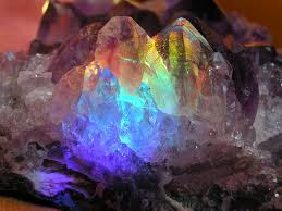 Kryształowe miejsca Mocy na Ziemi niech się rozprzestrzeniają (część I)