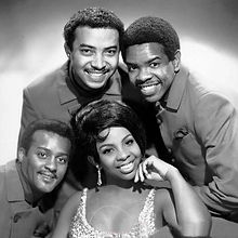 gladys-knight-and-the-pips.jpg
