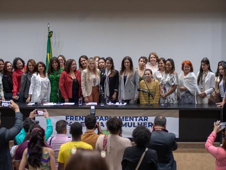 Deputadas e entidades civis criticam projeto que extingue cota de candidaturas femininas