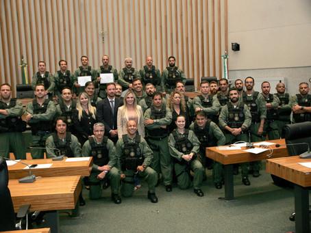 Homenagem aos Policiais Civis da DOA