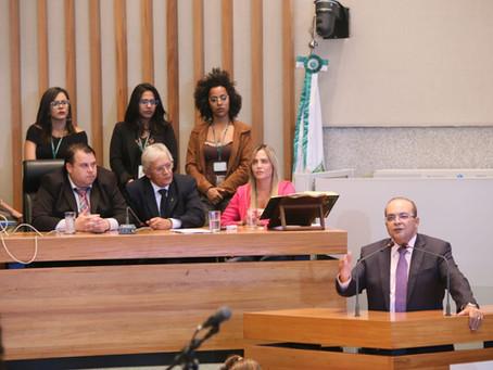 Ibaneis Rocha visita a Câmara Legislativa e aproveita para discutir o orçamento de 2019