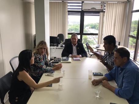 Deputada  Celina Leão reúne com representantes de oficiais militares