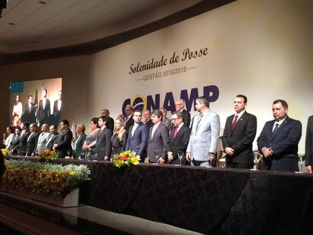 Celina Leão representa Legislativo do DF na posse de Norma Cavalcanti na CONAMP